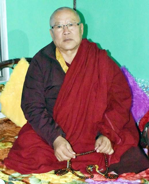 Sangay Dupla Rimpoche at Dichhen tharpaling gumba bijkaman