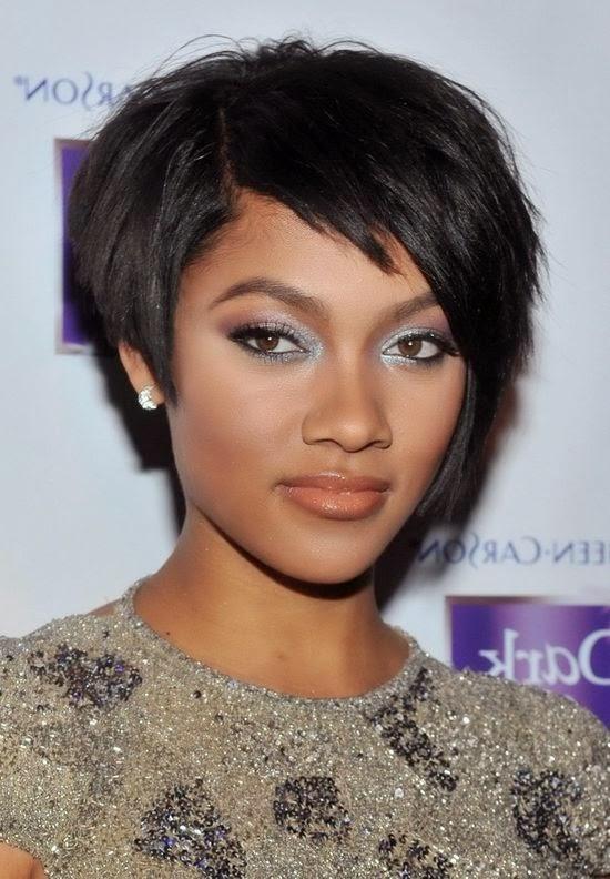 Frisuren Für Lange Haare Und Ovales Gesicht