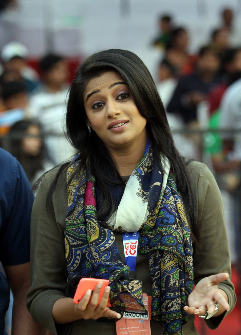 Priyamani Latest Cute Beautiful Photos
