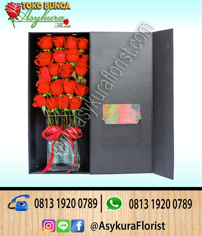 Toko Bunga Cibubur, Toko Bunga Cileungsi, Rangkaian Bunga Rose In Boxs