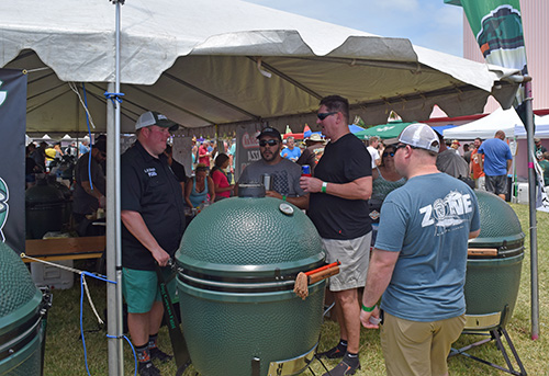 Big Green Craig at 2017 Sunshine State Eggfest Wassi's Meat Market