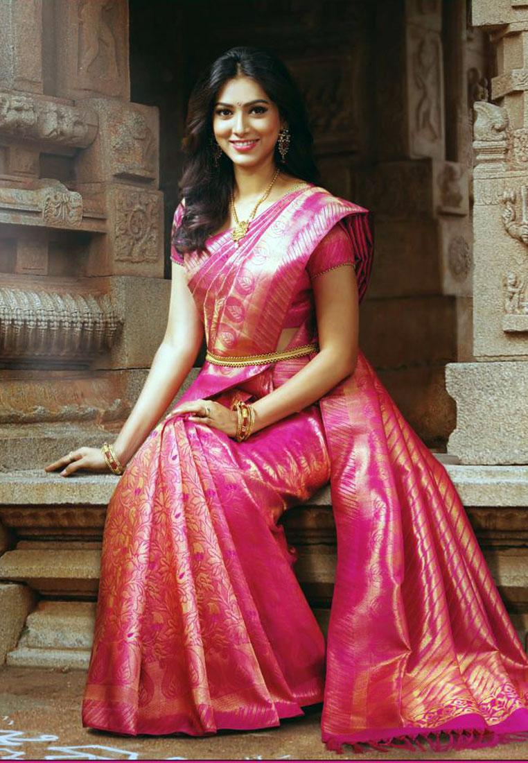 In Saree Tamanna In Himmatwala: Aavaranaa: Latest Designer Ethnic Wear Sarees