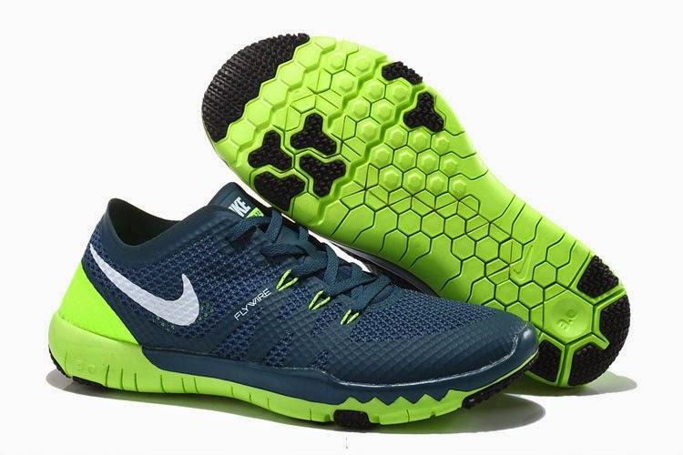 on sale 3791f 15349 Nike Free Trainer 3.0 V3, une chaussure rapide ainsi que la souplesse de  toute nouvelle formation qui permet Sportsmens à courir, réduire, ...