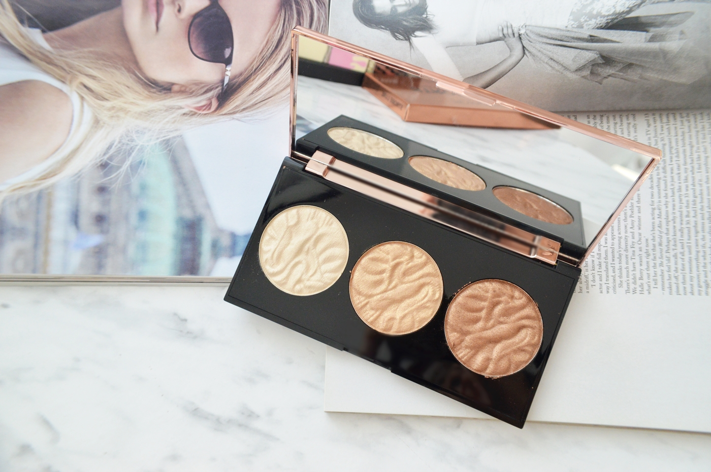 Strobe Luxe Highlighting Podwer Palette Makeup Revolution