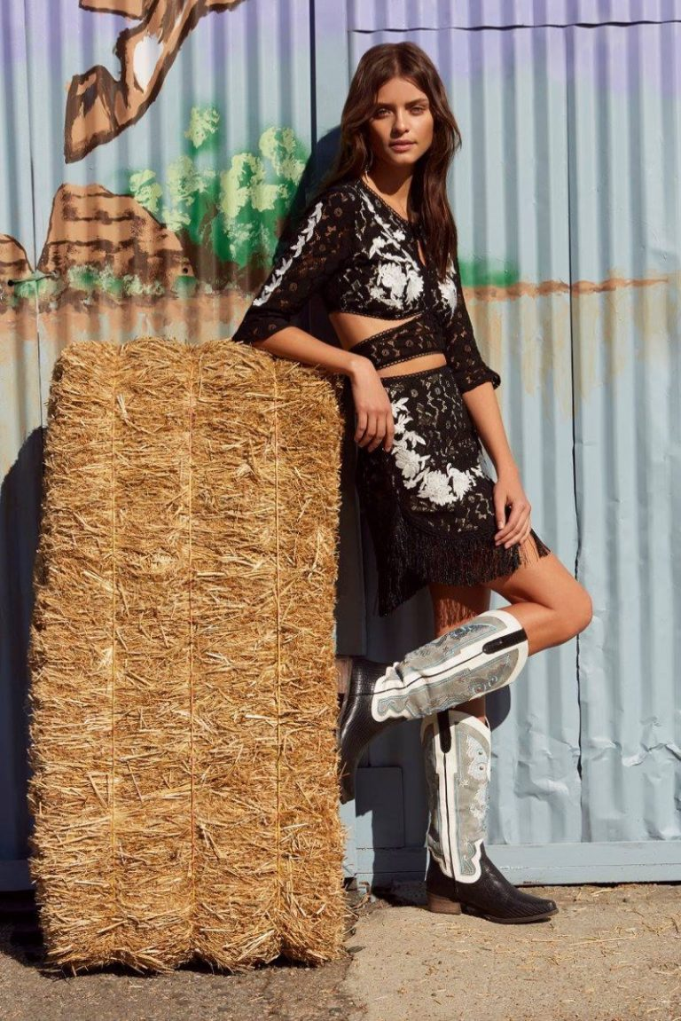 Nasty Gal Go West Lookbook 2018