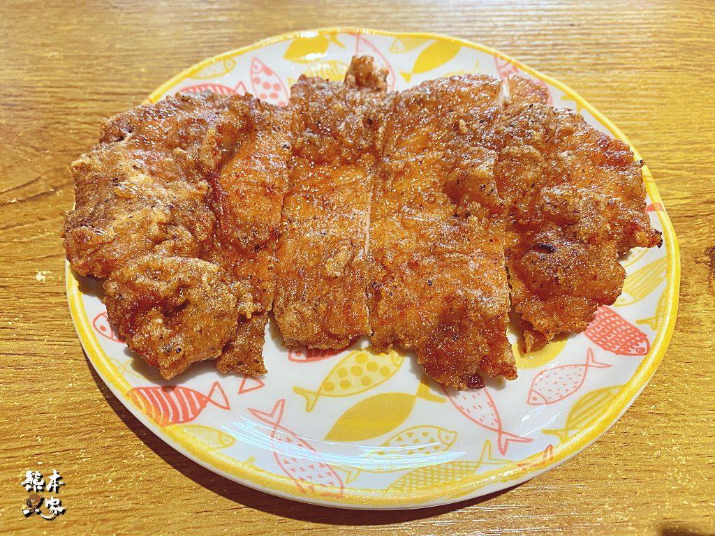 盤中飧飯麵館|學成路餐廳~鮮蝦雲吞大顆好吃還有孩子愛吃的排骨飯