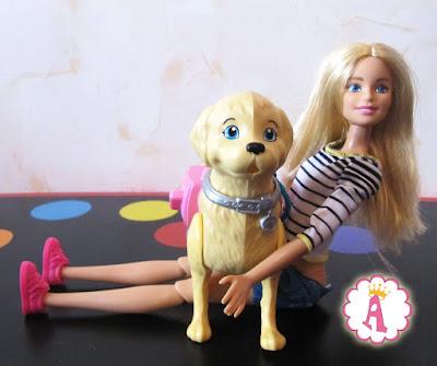 Щенок голдена и кукла барби из комплекта Barbie Walk and Potty Pup 2016 года
