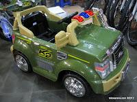 1 Mobil Mainan Aki DoesToys DT8069 K2 Sport