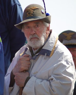 Rigoni Stern at a celebration of the Alpini Corps in 2006