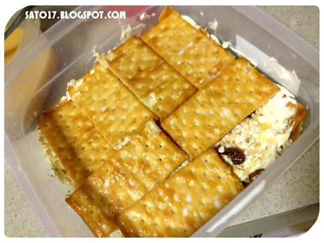 Resepi Cranberry Cheese Layered Cream Crackers | ~Sato Oreo~