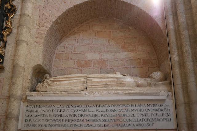Tumba de la esposa de Alfonso Pérez de Guzmán
