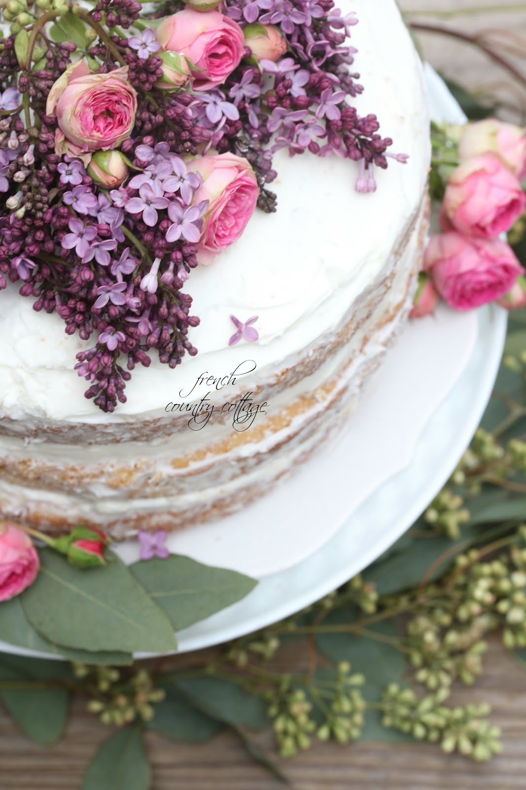 Easy Elegant Flower Topped Cake