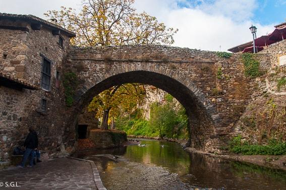 Puente de San Cayetano de Potes. Disfrutando de Cantabria