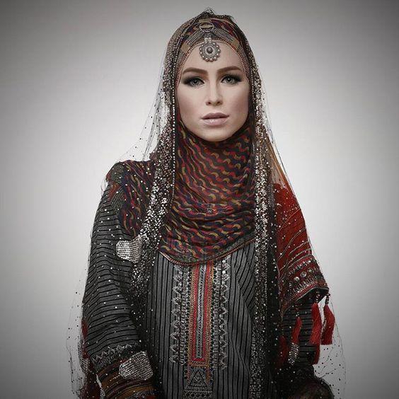 Elegant How To Live Like An Omani Princess Omani Women39s Traditional Dress