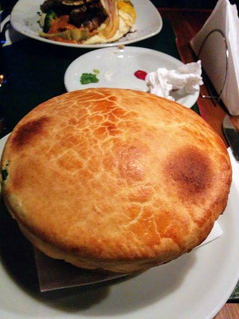 Pot pie at Manush Beer Pub in Bariloche Argentina