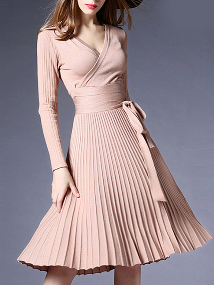 https://www.fashionmia.com/Products/sexy-v-neck-solid-pleated-knitted-skater-dress-194136.html