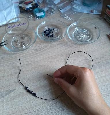 jak zrobić bransoletkę ze sznurka krok po kroku,