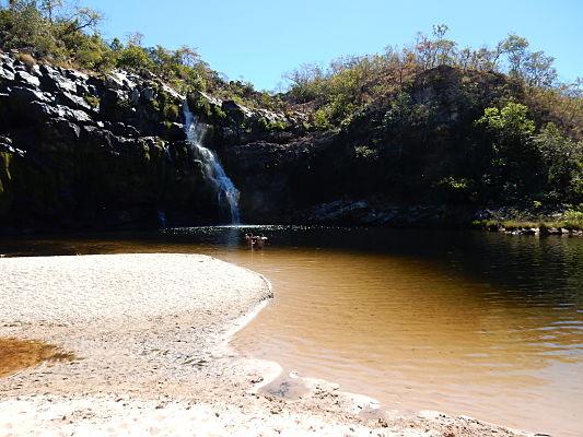 cachoeira poço encantado chapada dos veadeiros