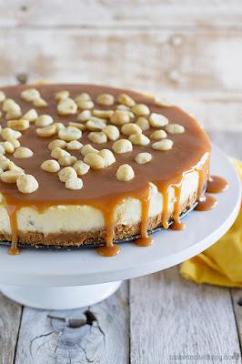 http://www.tasteandtellblog.com/white-chocolate-cheesecake-macadamia-nuts-caramel/