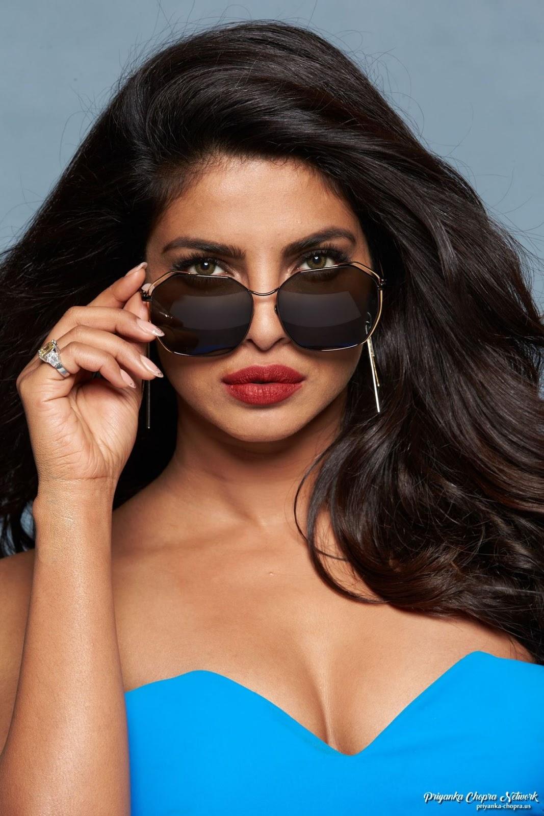 Priyanka Chopra Sizzles In Blue Gown For Baywatch Promo