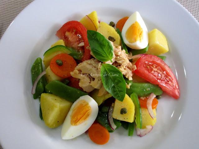 Ensalada de patatas con vegetales