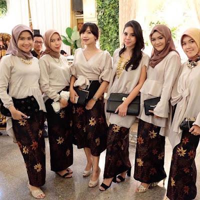 Model Kebaya Modern Velvet Polos Rok Batik
