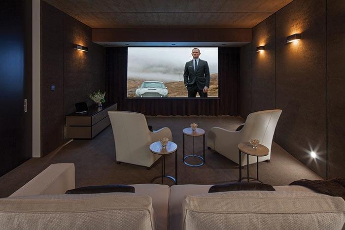 dünyanın en güzel evinin sinema odası