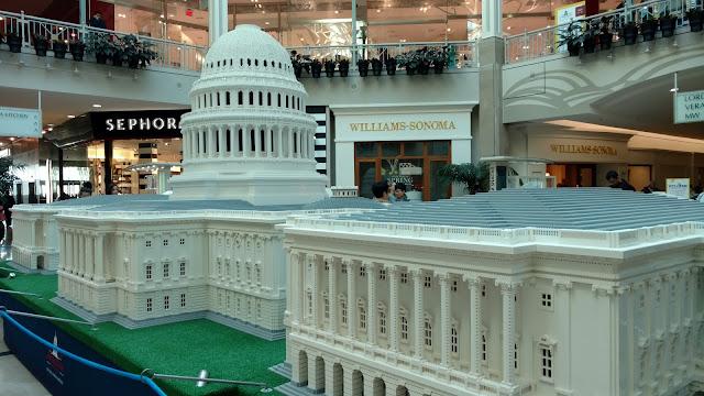 Капітолій з LEGO -  8 метрів в ширину і 3 метри в висоту.