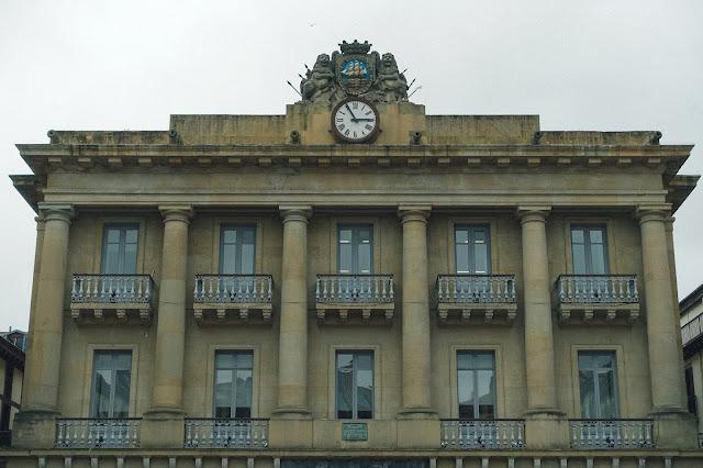 コンステシオン広場(Plaza de la Constitucion)