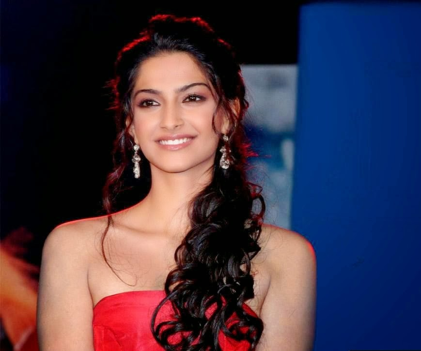 Wellcome To Bollywood HD Wallpapers: Sonam Kapoor