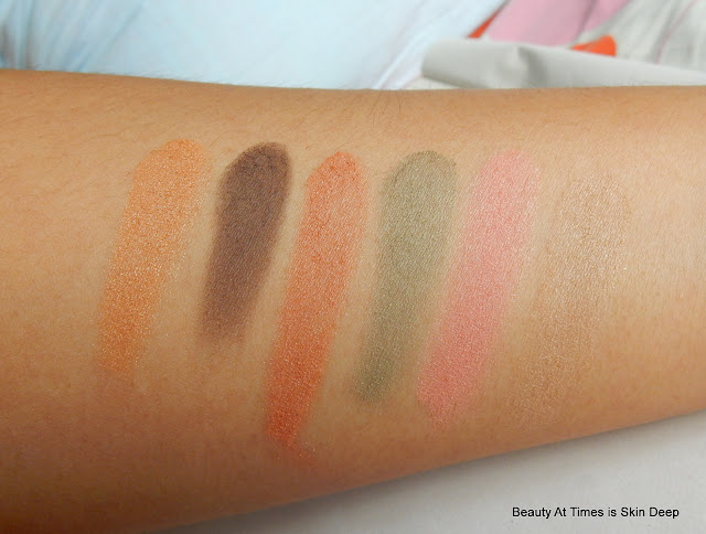 Lakme Absolute Illuminating Eye Shadow Palette Gold swatches