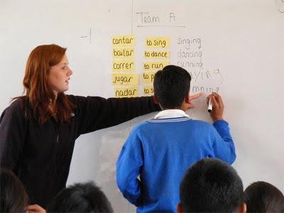 IMAGEN MAESTRA+pizarron+alumno+poemas+dia+del+maestro+maestra+profesor+educador+