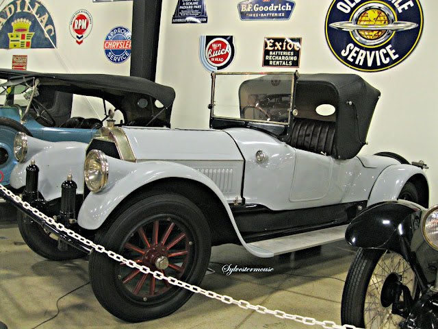 1917 Pierce Arrow - Tupelo Automobile Museum - Photo by Cynthia Sylvestermouse