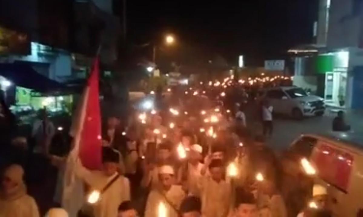 Aksi sejuta obor umat Islam Tasikmalaya