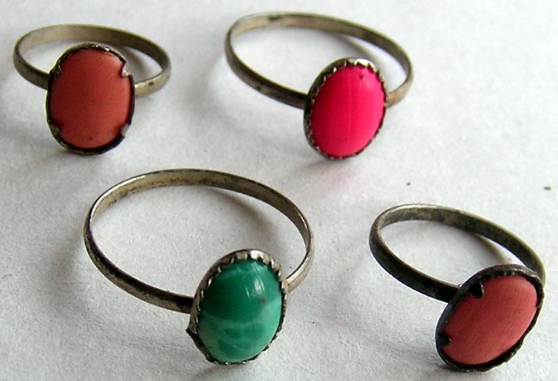 odpustowe pierścionki village fair toy rings