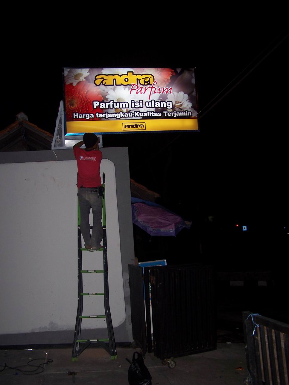 Clid Production Neon Box Panel Andra Parfum Gegerkalong Bandung