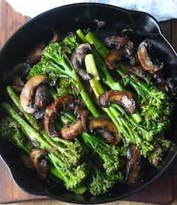 Roasted broccolini with mushrooms recipe by seasonwithspice.com