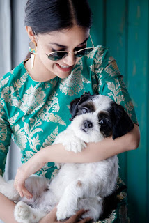 Keerthy Suresh in Green with Cute and Awesome Smile with a Cute Dog 2