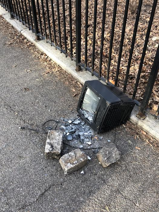 Ev grieve what it takes to destroy a jvc tv vhs vcr combo in what it takes to destroy a jvc tv vhs vcr combo in tompkins square park sciox Gallery