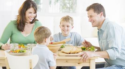 Aku Bersama Keluarga : Persiapan Komuni Pertama Katolik