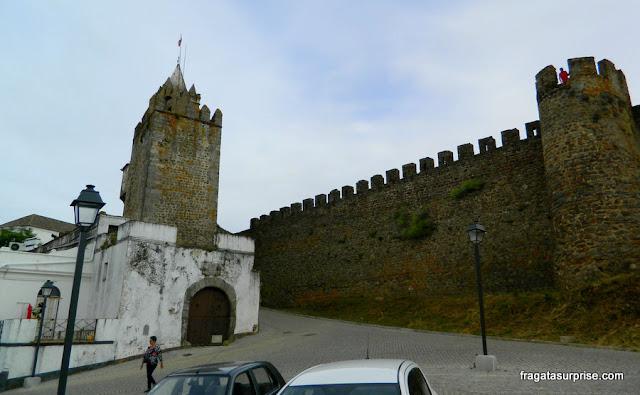 Acesso ao Castelo de Montemor-o-Novo