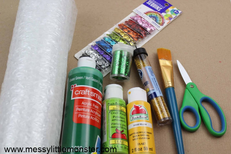 St patricks day craft. Shamrock craft supplies.