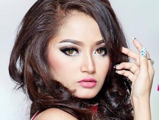 Download Lagu Siti Badriah Terbaru Ost Senandung Mp3 MNCTV (Original)
