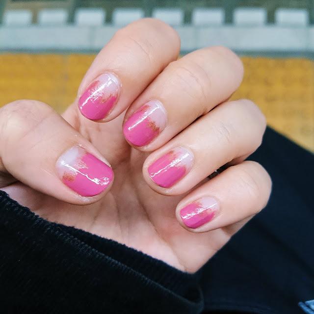 ピンクの #塗りかけネイル