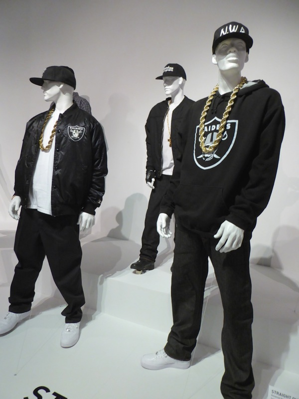 Straight Outta Compton movie costumes