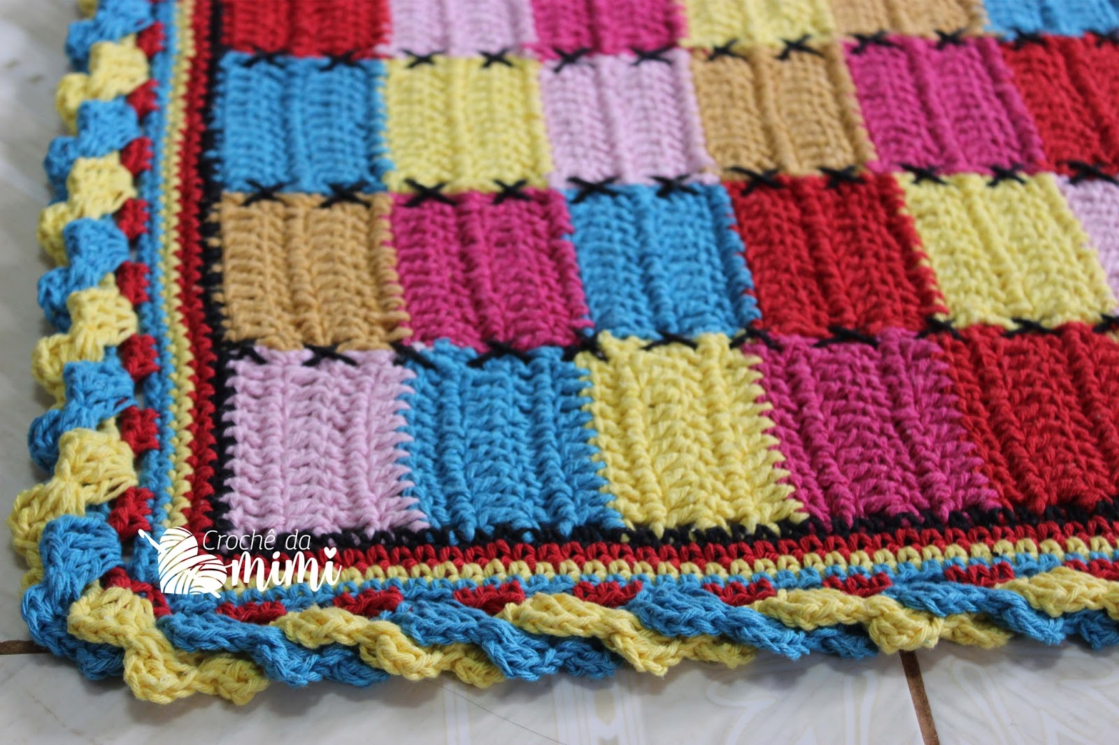 Tapete de croche colorido car interior design for Clases de tapetes