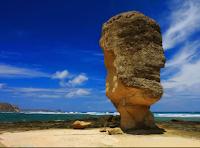 tempat wisata di lombok, obyek wisata di lombok, wisata di lombok, wisata lombok, pantai batu payung, wisata batu payung, batu payung lombok