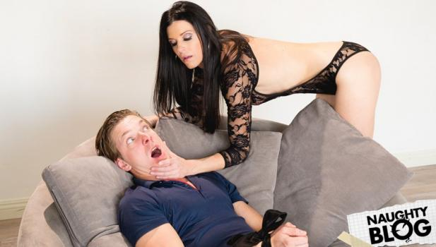 Pretty Dirty – India Summer: The Hitchhiker