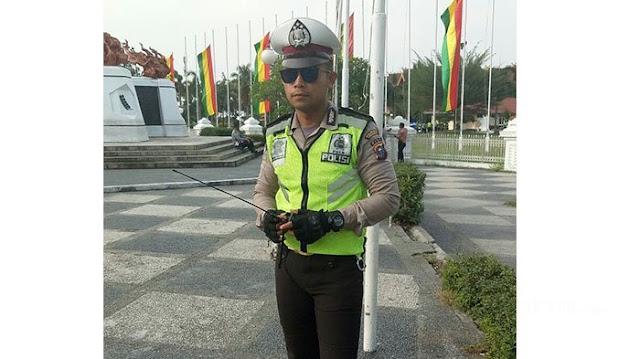 Pasti Kamu Gak Sadar Kalau Ternyata Polisi Yang Dipukul Oknum TNI itu Artis