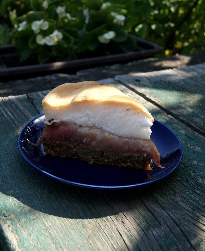 Ciasto rabarbarowe bez glutenu i z bezą
